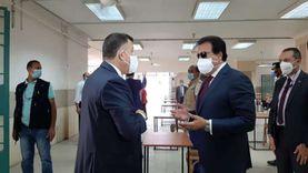 وزير التعليم العالي يشيد بتجهيزات مبنى امتحانات جامعة عين شمس