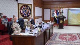وزير الدفاع يتابع سير عمليات القضاء على الإرهاب وعودة الحياة لطبيعتها