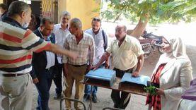 مبادرة لإعادة تدوير المقاعد المدرسية المتهالكة في مدارس كفر شكر