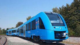 مصرع طفلة صدمها قطار أثناء عبورها شريط السكة الحديد بالمنيا