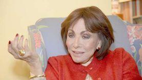 لبنى عبدالعزيز: مذكراتي جاءت بمحض الصدفة.. وأحببت اسم «امرأة حرة»
