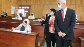 """رئيس جامعة المنوفية يبحث مع """"لجنة الأزمة"""" مواجهة فيروس كورونا"""