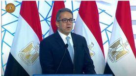 العناني: الاعتماد على المصريين في العروض المتحفية يوفر ملايين الجنيهات