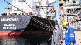 109 آلاف طن رصيد صومعة الغلال للقطاع العام بميناء دمياط