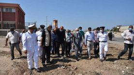 محافظ بورسعيد يتفقد أعمال توسعة محيط منفذ النصر الجمركي