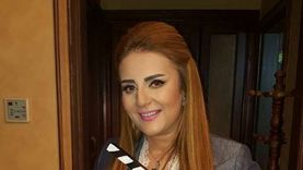 """رانيا محمود ياسين تستعيد ذكرياتها مع لبنى عبدالعزيز وشريف منير بـ""""صورة"""""""