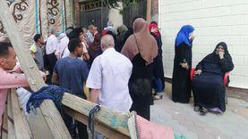 صور.. إقبال كثيف من أهالي إمبابة للتصويت في الشيوخ
