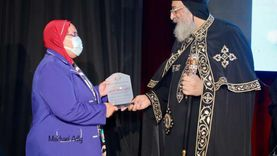 البابا يشهد تخريج دورة مناهضة العنف الأسري بالإسكندرية
