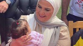 وزيرة التضامن تقدم هدايا وعيديات لـ 11 ألف يتيم