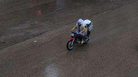 الأمطار تجتاح الإسكندرية والمحافظة ترفع حالة الطوارئ