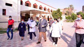 محافظ أسيوط يتفقد سير العمل بمستشفيات الصدر والحميات