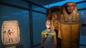 متحف مطار مبنى ركاب 2 يستقبل أول زائريه من المسافرين «الترانزيت»