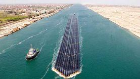 نجاح أول عملية عبور لـ12 ماسورة عملاقة في تاريخ قناة السويس