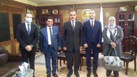 محافظ كفر الشيخ يناقش خطة تعظيم الاستفادة من المشروعات التعليمية
