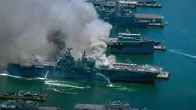 """انفجار وحريق """"لا ينطفئ"""".. فيديو لكارثة سفينة حربية أميركية"""