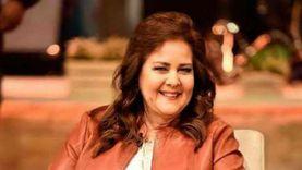 إيمي سمير غانم تطلب الدعاء لوالدتها: ربنا يشفيها