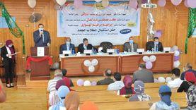 """رئيس جامعة كفر الشيخ للطلاب: """"نسعى لتخريج كوادر تنافس في سوق العمل"""""""