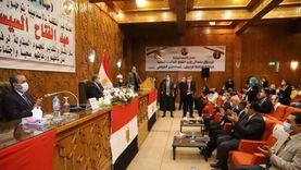 وزير القوى العاملة يسلم 52 عقد عمل لذوي الهمم بالإسماعيلية