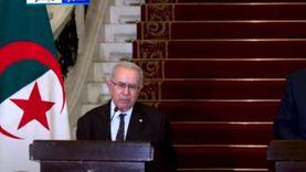 وزير خارجية الجزائر: ما يحدث في تونس شأن داخلي.. ونتضامن مع شعبها