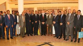 محافظ جنوب سيناء يلتقي وفد كلية الدفاع الوطني