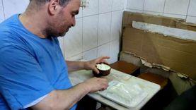 قصة أقدم بائع زبادي في مصر : تركت الذهب وورثت مهنة أجدادي