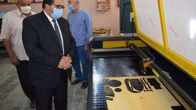 وكيل تعليم جنوب سيناء يشهد تطبيقا عمليا لماكينة أركت حفر بالليزر