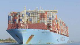 بغاطس غير مسبوق.. نجاح عبور أول سفينة حاويات عملاقة لقناة السويس