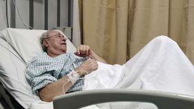 لمحات من حياة المخرج المسرحي مراد منير بعد إصابته بجلطة في المخ