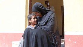 مبادرة حياة كريمة تعيد الفرحة لمنزل «حنان»: متطمنة على ولادي