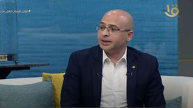 """خبير حركات إسلامية: الإخوان ترى الشعب المصري """"جاهل"""" والدولة """"كافرة"""""""