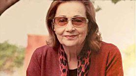سوزان والديب يغادران ضريح مبارك بعد استقبال عزاء المحبين