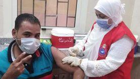تطعيم المواطنين بلقاح كورونا خلال أيام العيد بالبحر الأحمر (صور)