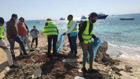 الغردقة تواجه تلوث البلاستيك بحملات للتوعية ونظافة الأعماق