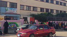 توافد طلاب الابتدائي على لجان الامتحانات في الإسماعيلية (صور)