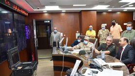 محافظ أسوان يتابع سير انتخابات النواب ويطالب المواطنين بالنزول