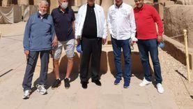 بعد زيارة لعائلته في الصعيد.. محمود الخطيب في نزهة بالأقصر