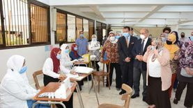 استمرار الكشف الطبي على الطلاب الجدد بجامعة أسيوط حتى 28 أكتوبر