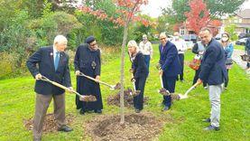 سفير مصر في كندا يحضر احتفالية إطلاق اسم القمص أنجيلوس سعد على إحدى حدائق تورونتو