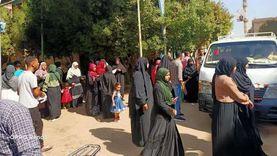 إقبال كثيف من السيدات على لجان الاقتراع في الأقصر