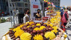 مهرجان فواكه يتحول لمظاهرة في حب مصر على شواطئ الغردقة