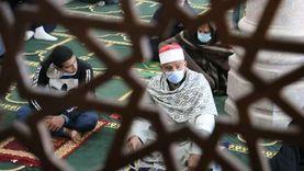 ما حكم تغطية الأنف والفم بالكمامة أثناء الصلوات الخمس؟.. الإفتاء تجيب