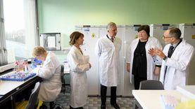 إصابات قياسية بكورونا في بلجيكا ومطالب للأطباء المصابين بمواصلة العمل