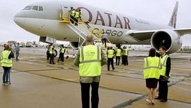 فضيحة الخطوط القطرية: تفتيش مهين وإجبار المسافرات على التعري