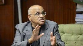 يوسف القعيد: زملائي نشروا شائعة وفاتي.. ولا أتابع السوشيال ميديا