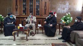 وفد من الكنيسة يقدم التهنئة بـ رمضان إلى محافظ شمال سيناء