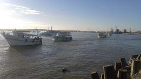 انطلاق 110 مراكب في رحلات صيد عقب استقرار الطقس بالبرلس (صور)