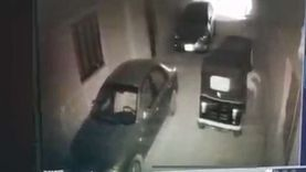 كاميرات المراقبة ترصد لحظة اختطاف طفل الهرم.. «الجريمة استغرقت 5 ثواني» (فيديو)