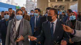 وضع باكيات أسفل كوبري ميدان الساعة بالإسكندرية لمنع الإشغالات (فيديو)