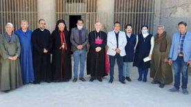 سفير الفاتيكان يزور منطقة آثار بني حسن بالمنيا