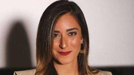 """أمينة خليل لـ""""الوطن"""": أُصبت بكورونا خارج مصر.. وعُزلت 15 يوما في البيت"""